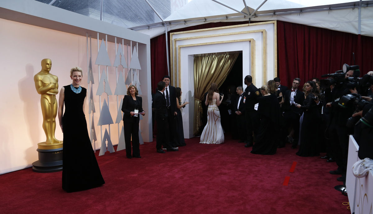Actress Cate Blanchett  arrives at the 87th Academy Awards in Hollywood
