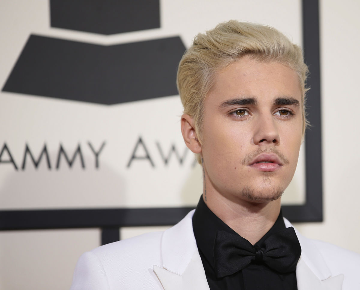 Singer Justin Bieber arrives at the 58th Grammy Awards in Los Angeles