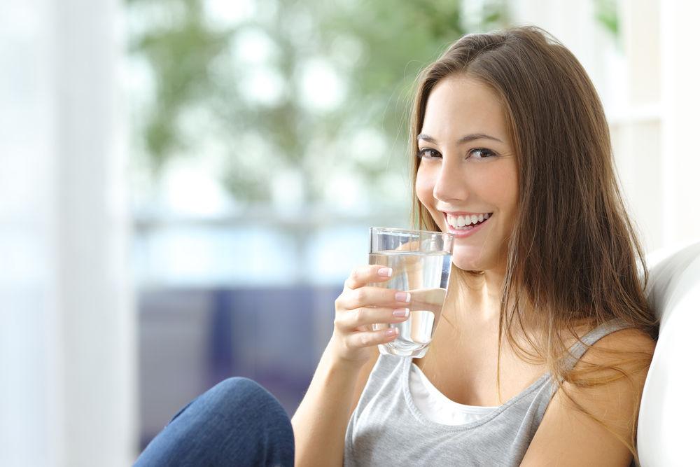 adolescente água hidratação