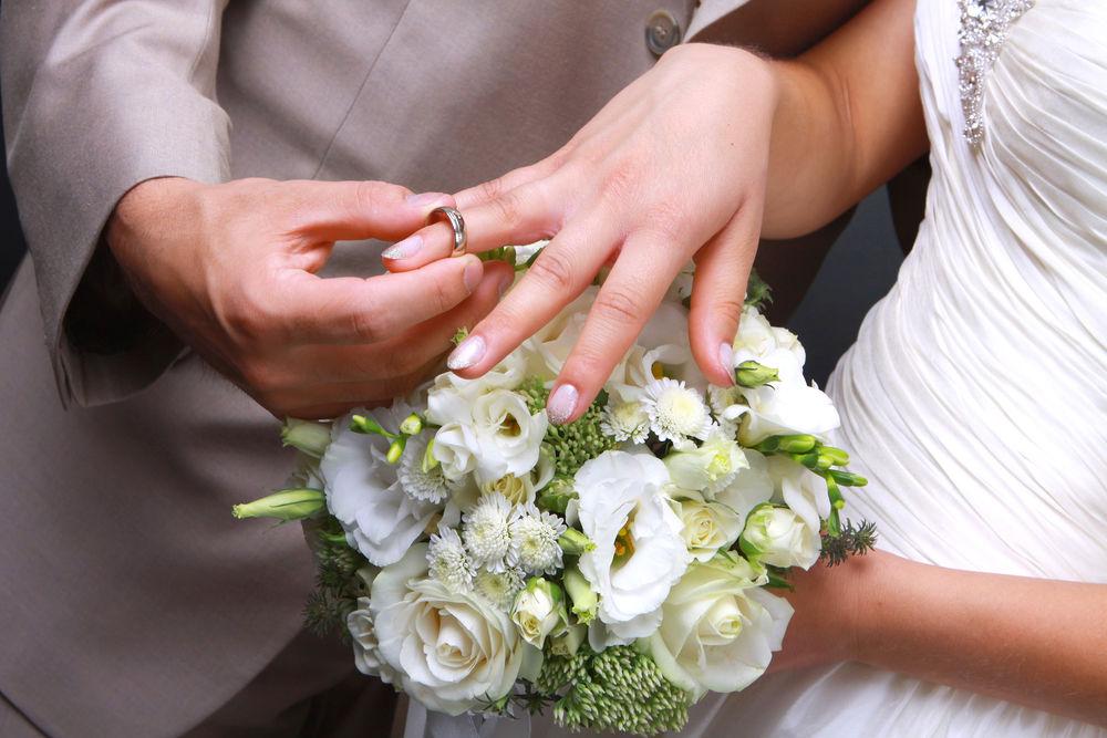 Três mil católicos procuram casamento em site de encontros