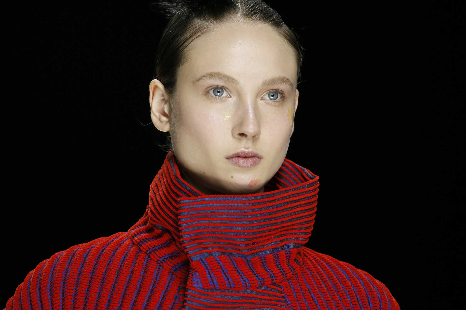 A model presents a creation by Japanese designer Yoshiyuki Miyamae as part of his Fall/Winter 2016/2017 women's ready-to-wear collection for fashion house Issey Miyake in Paris