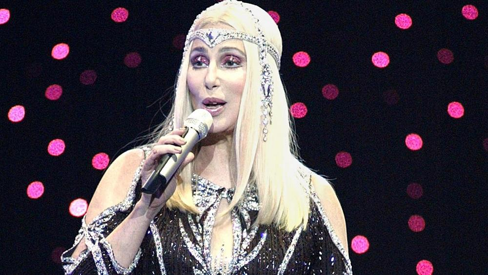 CHER PERFORMS AT MADISON SQUARE GARDEN IN NEW YORK.