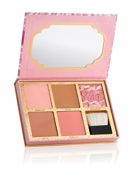 benefitcheekathon_blush_kit_open_a