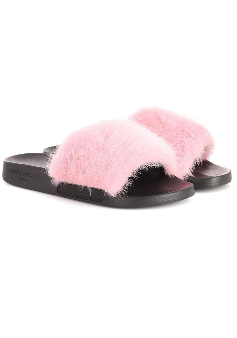 Fur slides Givenchy, mytheresa, €473
